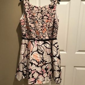 Taylor Woman plus patterned belted dress 18W new